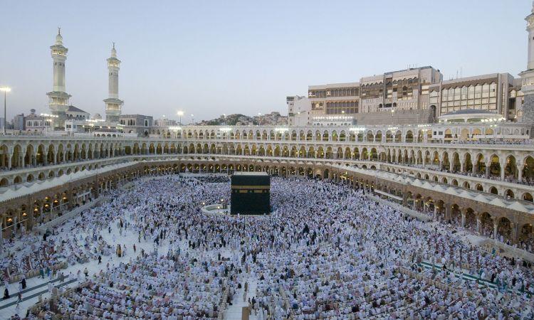 السعودية – توجّه لطرح تأشيرات لأداء العمرة، مدتها 5 أيام بـ133$
